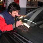 riparazione vetro auto genova